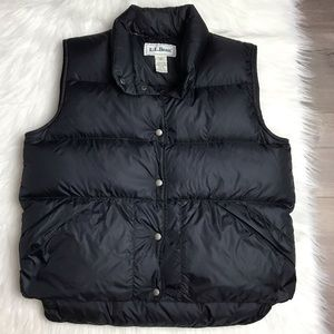Vtg L.L. Bean black goose down puffer vest Medium